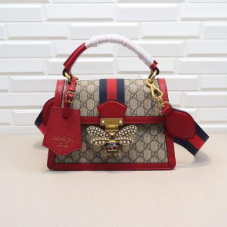 gucci 虫 バッグ